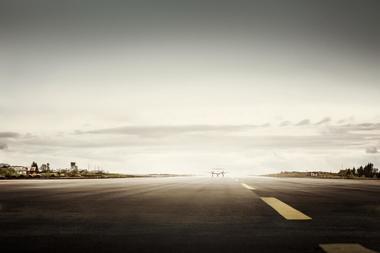 Fly på rullebane