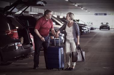 Par med bagasje
