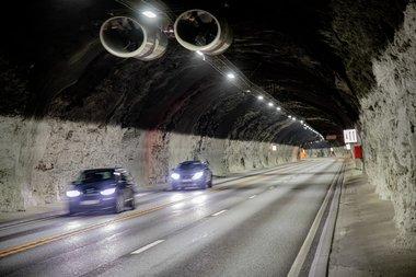 Trafikk i undersjøisk tunnel